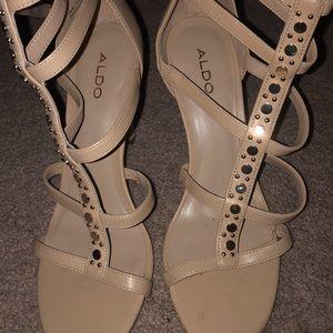 Aldo nude heels. Size 7.5.